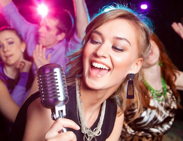 karaoke-night-londt-park-sports-club